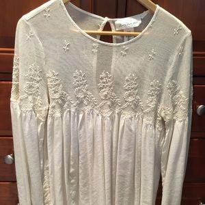 Women's long sleeved blouse